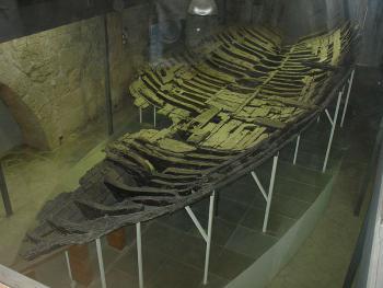Музей античного корабля в Кирении