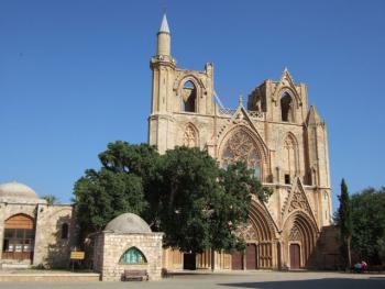 мечеть Лалы Мустафы Паши (в прошлом собор Св. Николая)